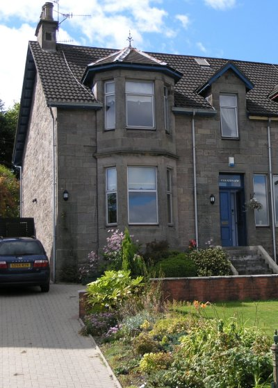 Strathview - this semi detached house on Oxhill Road Dumbarton is where the Humble family resided and Ben was born before moving to Bellview.